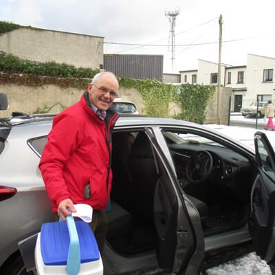 Meals on Wheels being delivered by the Volunteers at Shankill Daycare Centre